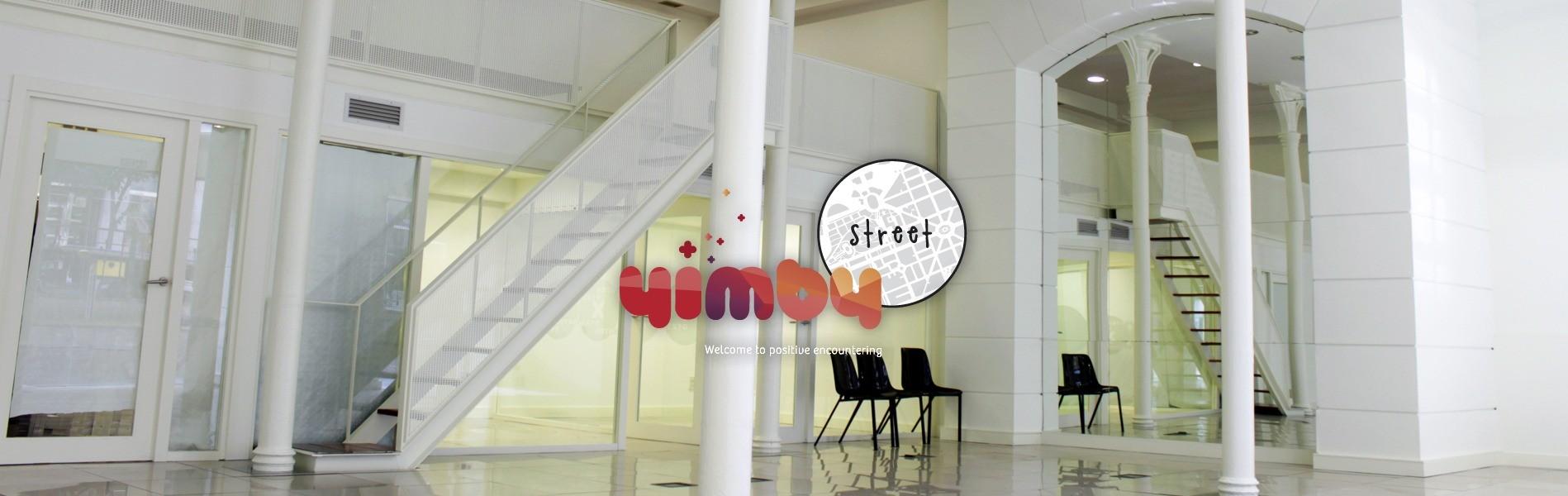 Espacio YIMBY STREET II con logo YIMBY