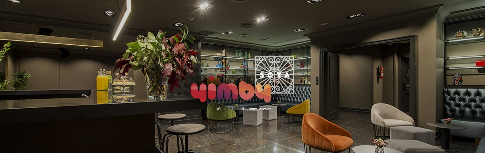 Vista panorámica de sala SMITH en YIMBY SOTA con su logo