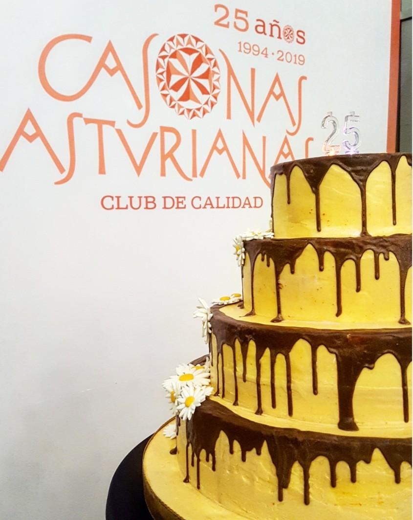 Pastel del 25 aniversario de CASONAS ASTURIANAS